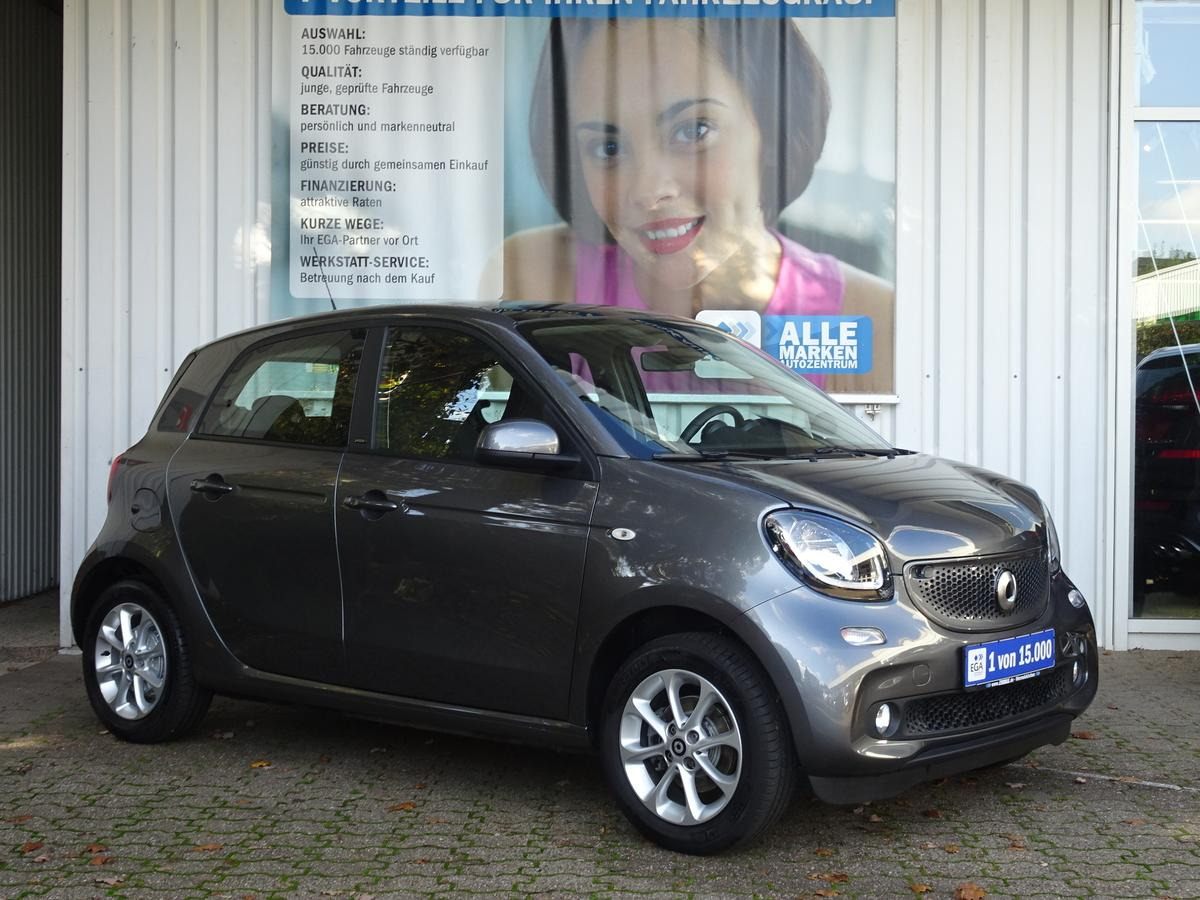 Smart ForFour  4TKM*DAB*PANORAMAD*SHZ*PDC*KOMF:PKT*AMBIENTEBEL*ALU