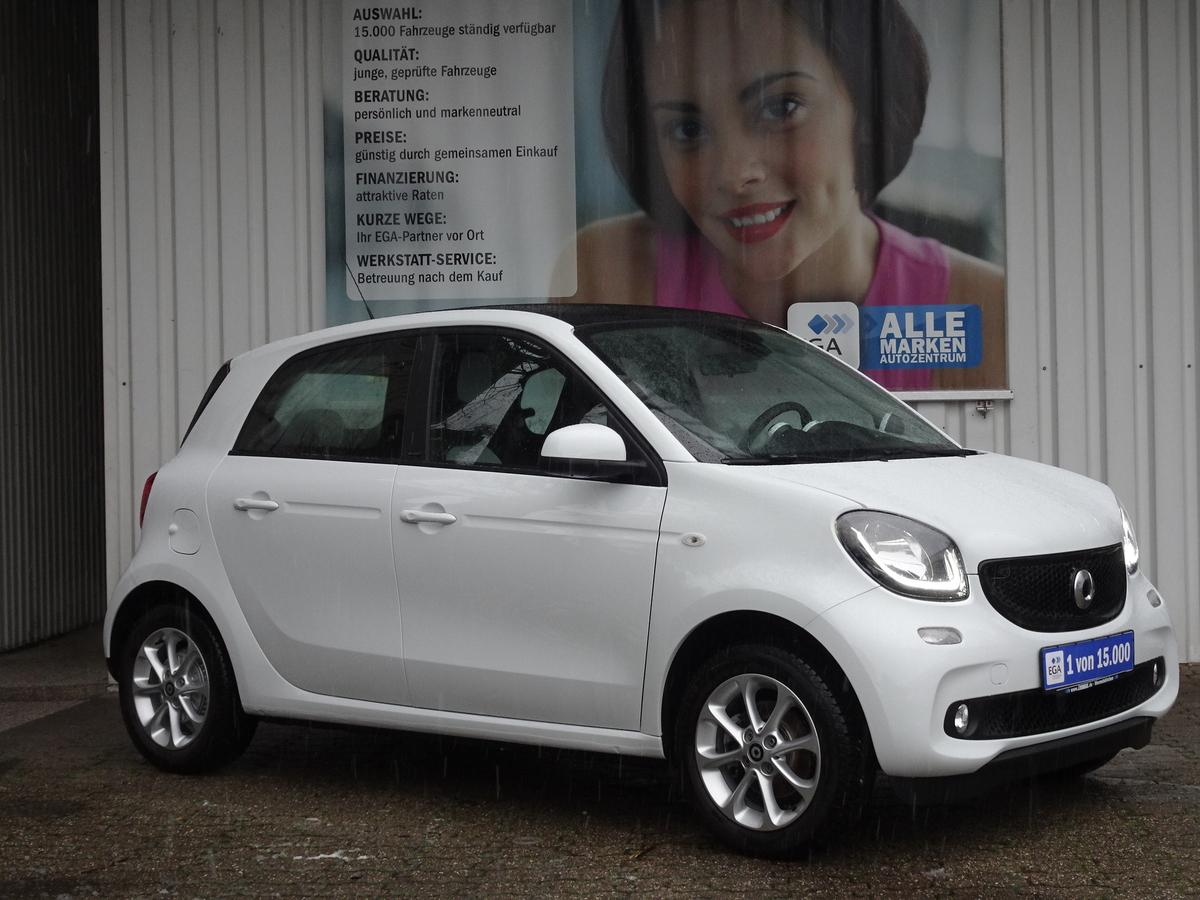 Smart ForFour twinamic*passion*PANORAMA*PDC*SHZG*COOL*AUDIO*KOMFOR