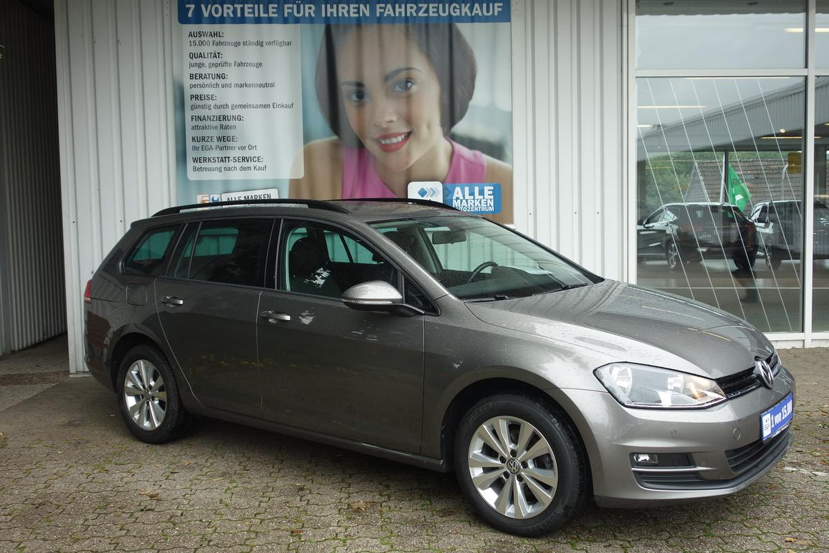 Volkswagen Golf VII VARIANT*PDC vo + hi*CLIMATRONIC*TEMPOMAT*PRIVACY